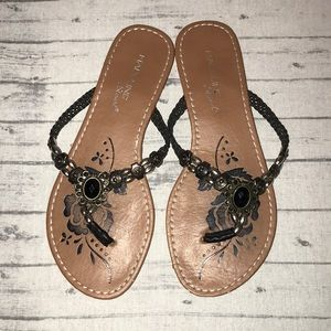 Madeline Stuart Thong Sandals size 7